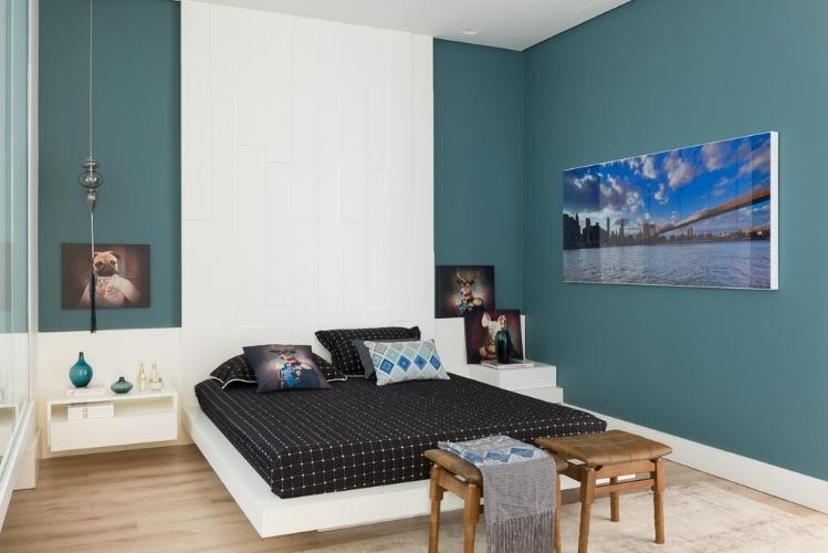 Cores quentes e azul profundo ficam bem em salas; veja as  ~ Tendencia Cores Para Quarto