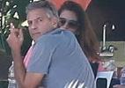 George Clooney é flagrado em Cabo de San Lucas com a mulher (Foto: Grosby Group)