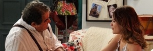 Laura comunica ao avô que não vai abandonar Caíque em