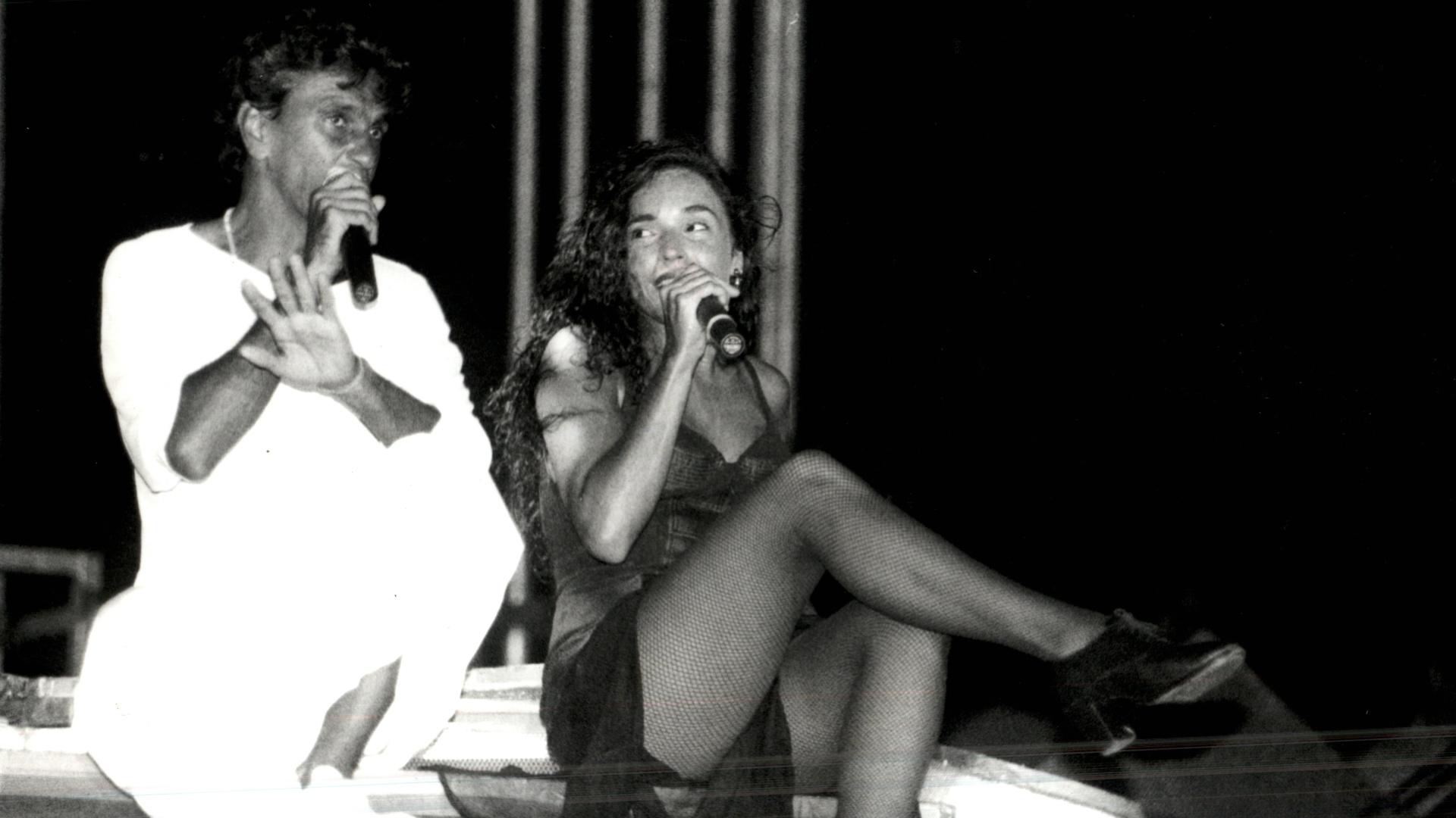 Caetano Veloso e Daniela Mercury dividem o palco em show
