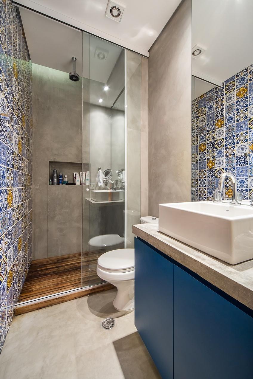 Banheiros pequenos dicas de decoração para quem tem pouco espaço  BOL Fotos -> Azulejo Banheiro Moderno