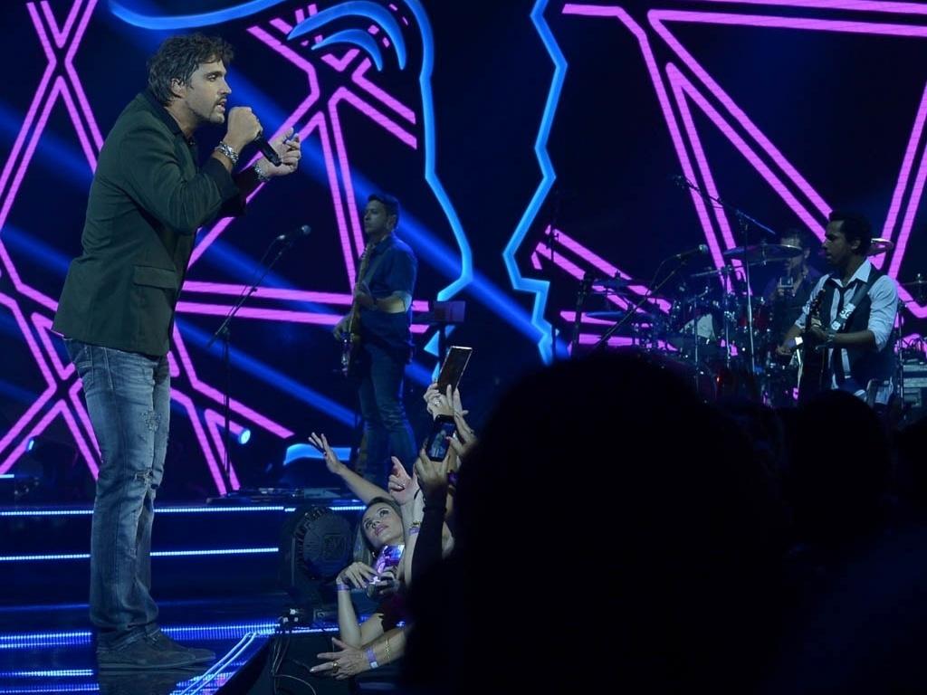 28.jan.2015 - Victor & Leo gravam em São Paulo o 4º DVD da carreira com a participação de vários artista, como Henrique & Juliano, Milionário & José Rico, Wesley Safadão, Malta, Lucyana e Victor Freitas & Felipe