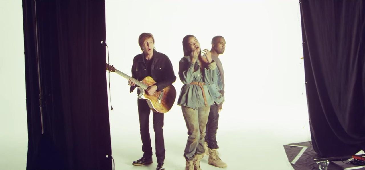 Imagem de bastidores do clipe de