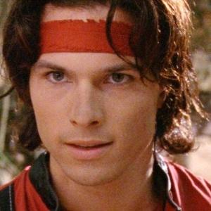 O ator Ricardo Medina Jr., que vivia o Ranger Vermelho, e é suspeito de ter matado colega