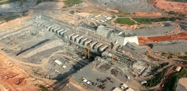 A construção de barragens, como a da hidrelétrica de Belo Monte, intensificam conflitos de água no país