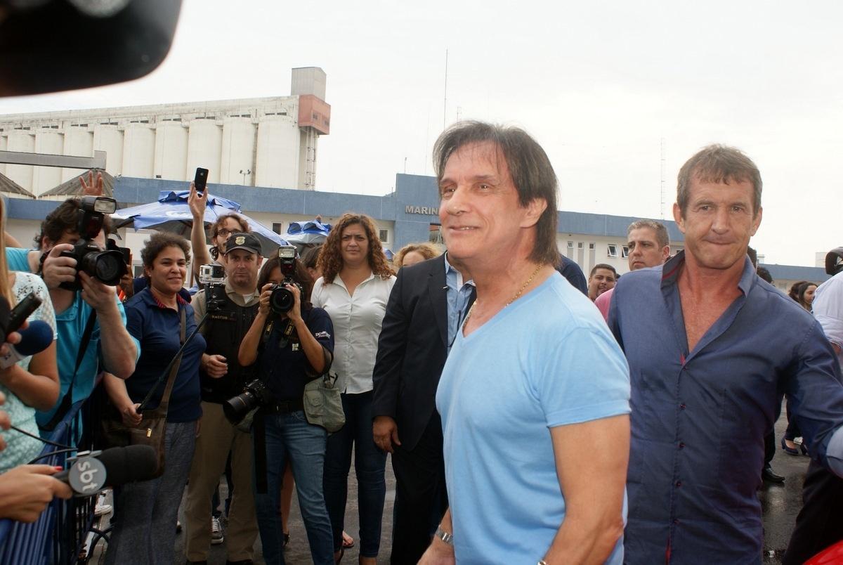 04.fev.2015 - O show de Roberto Carlos ocorrerá a bordo do navio MSC Preziosa
