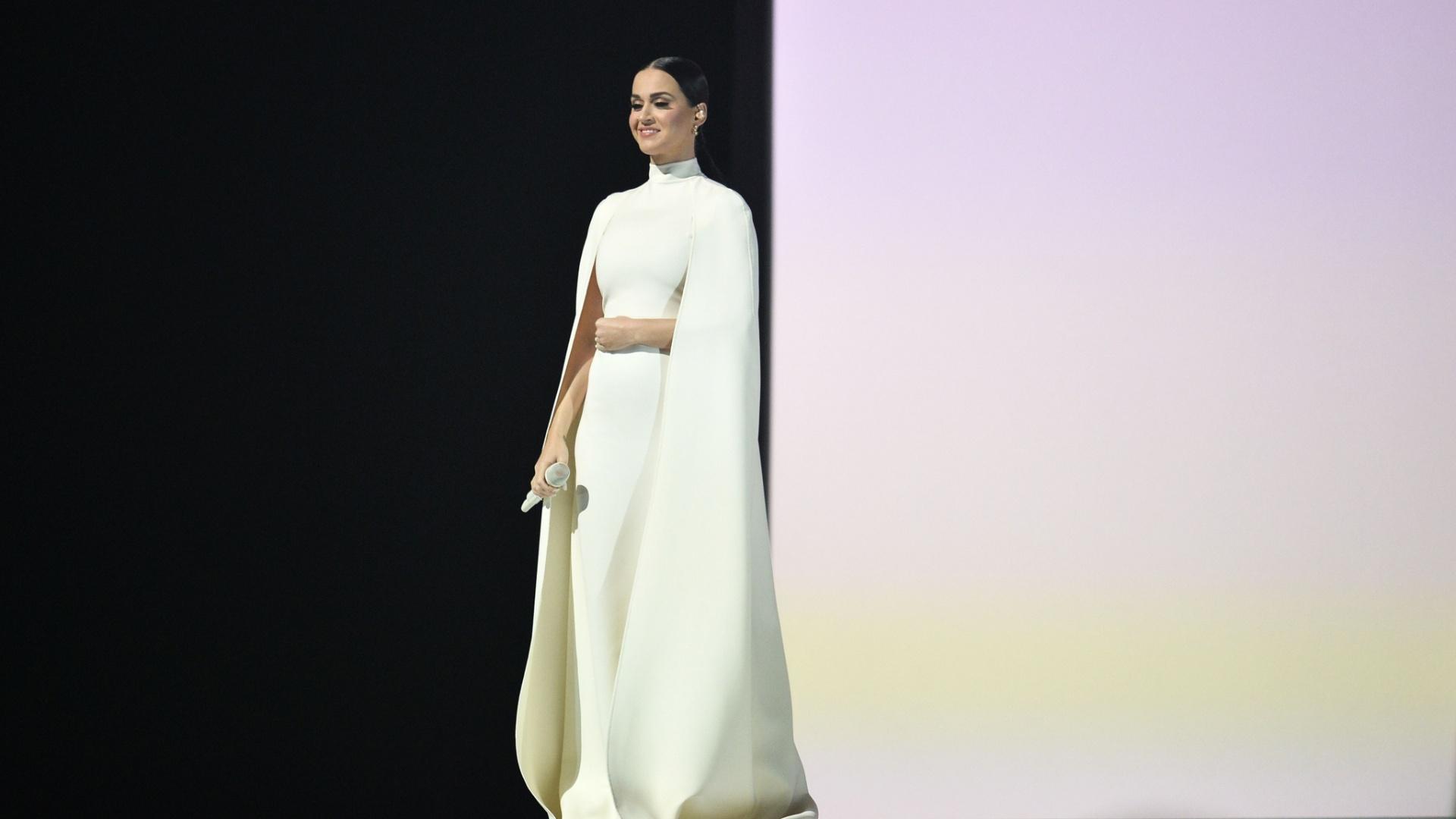 8.fev.2015 - Katy Perry se apresenta durante o Grammy 2015