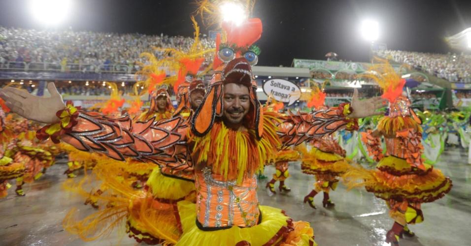 16.fev.2015 - Com samba-enredo que questiona o que faria no último dia, ala sugere