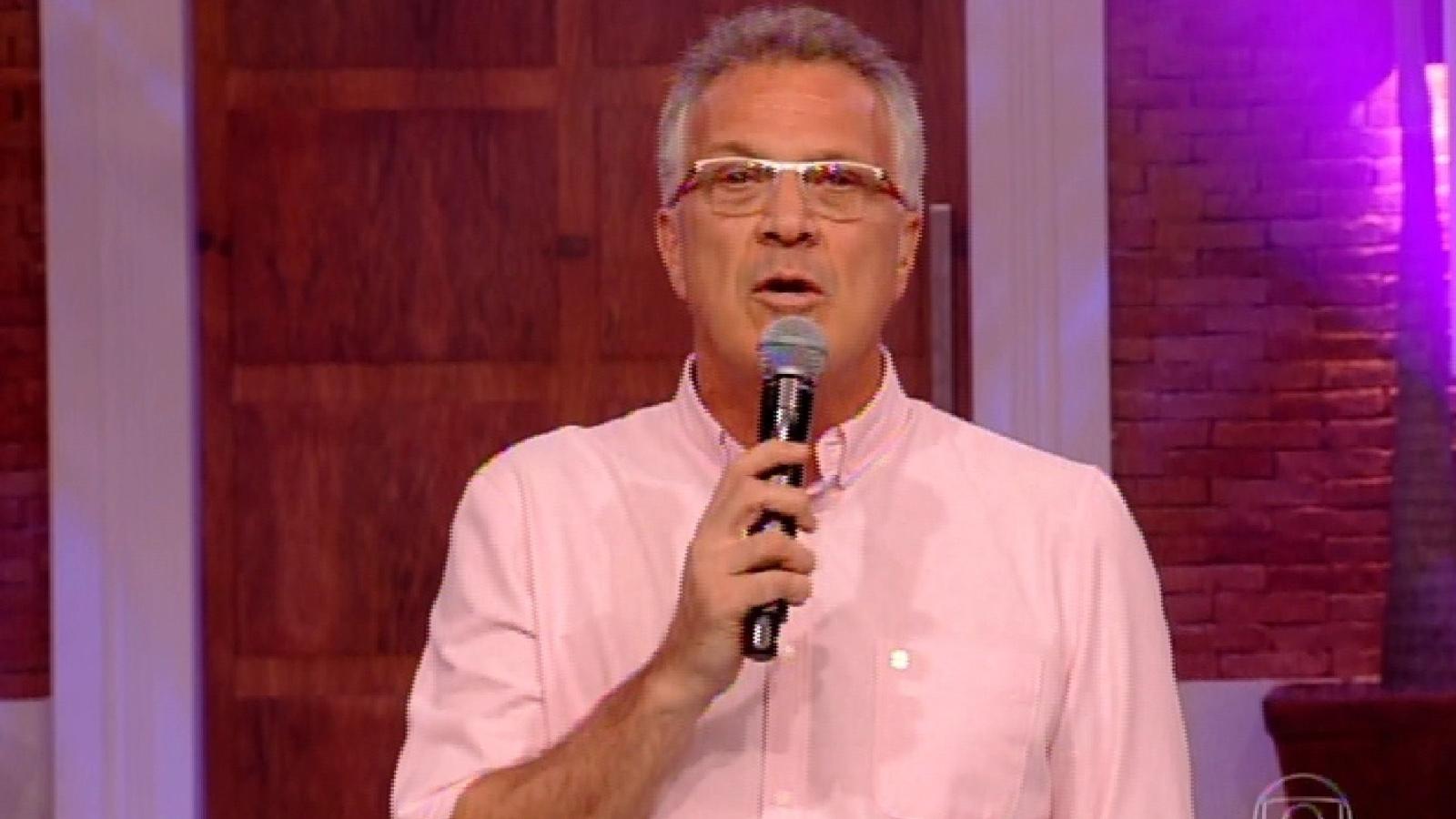 24.fev.2015 - Pedro Bial abre o quinto paredão do