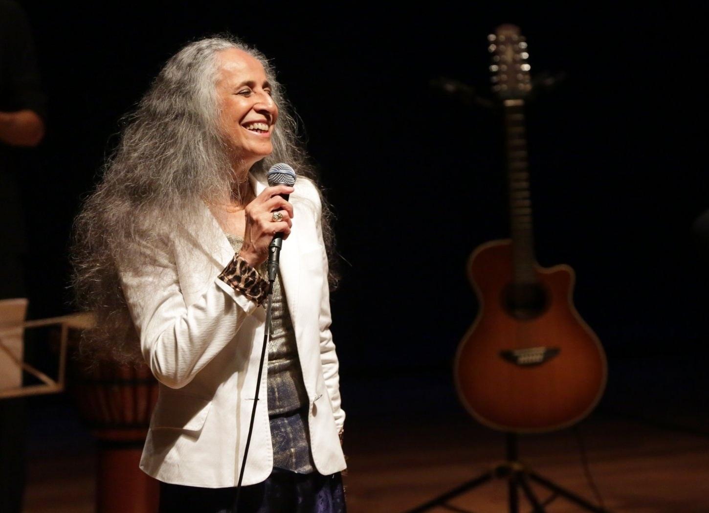 25.fev.2015 - Maria Bethânia apresenta seu show