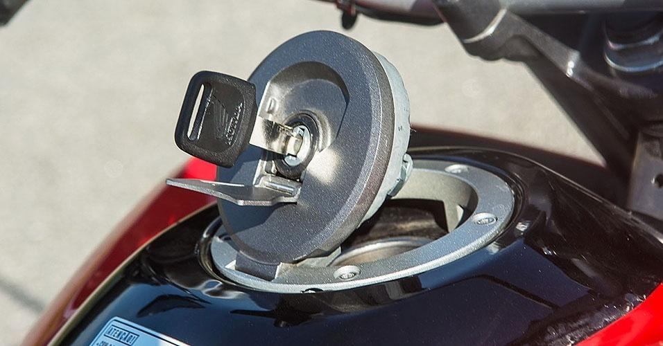 Honda NXR 160 Bros vs. Yamaha XTZ 150 Crosser