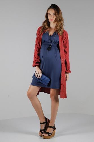 Zazou é destaque em matéria sobre moda gestante do site UOL Mulher