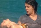 """Em """"Chiquititas"""", Andreia finge se afogar e é salva por Junior - Reprodução/SBT"""