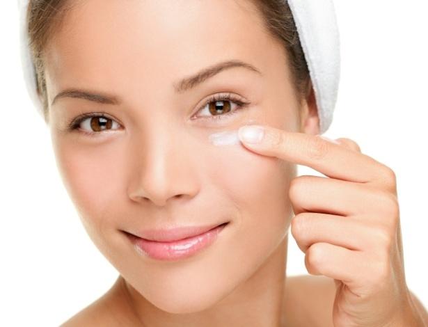 Protetor solar é item fundamental nos cuidados com a pele