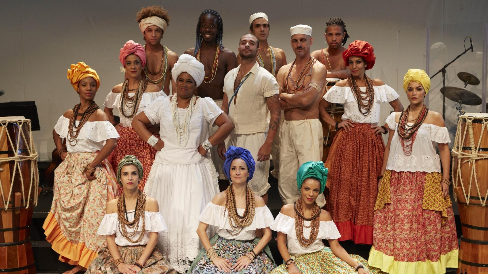 18.mar.2015 - Diogo Nogueira faz sua estreia como ator no espetáculo musical