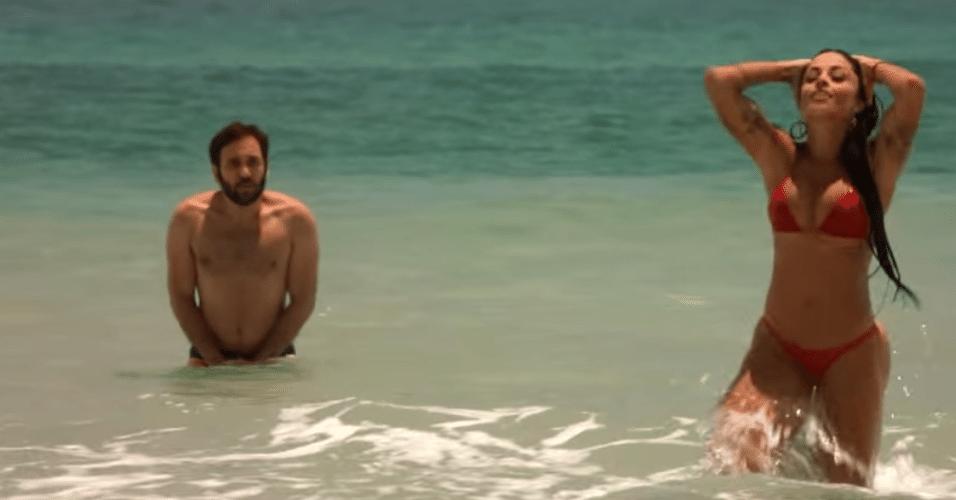 """Aline Riscado incorporou a personagem """"Verão"""" em uma campanha publicitária de uma marca de cerveja"""