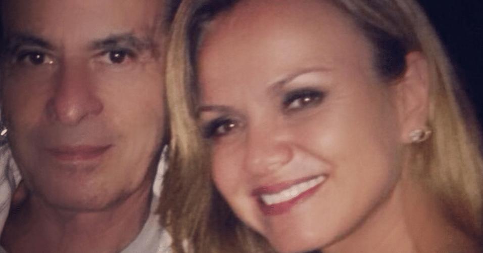 23.mar.2015 - Eliana tieta Ney Matogrosso em encontro inusitado e se declara para o cantor no Instagram, na noite desta segunda-feira