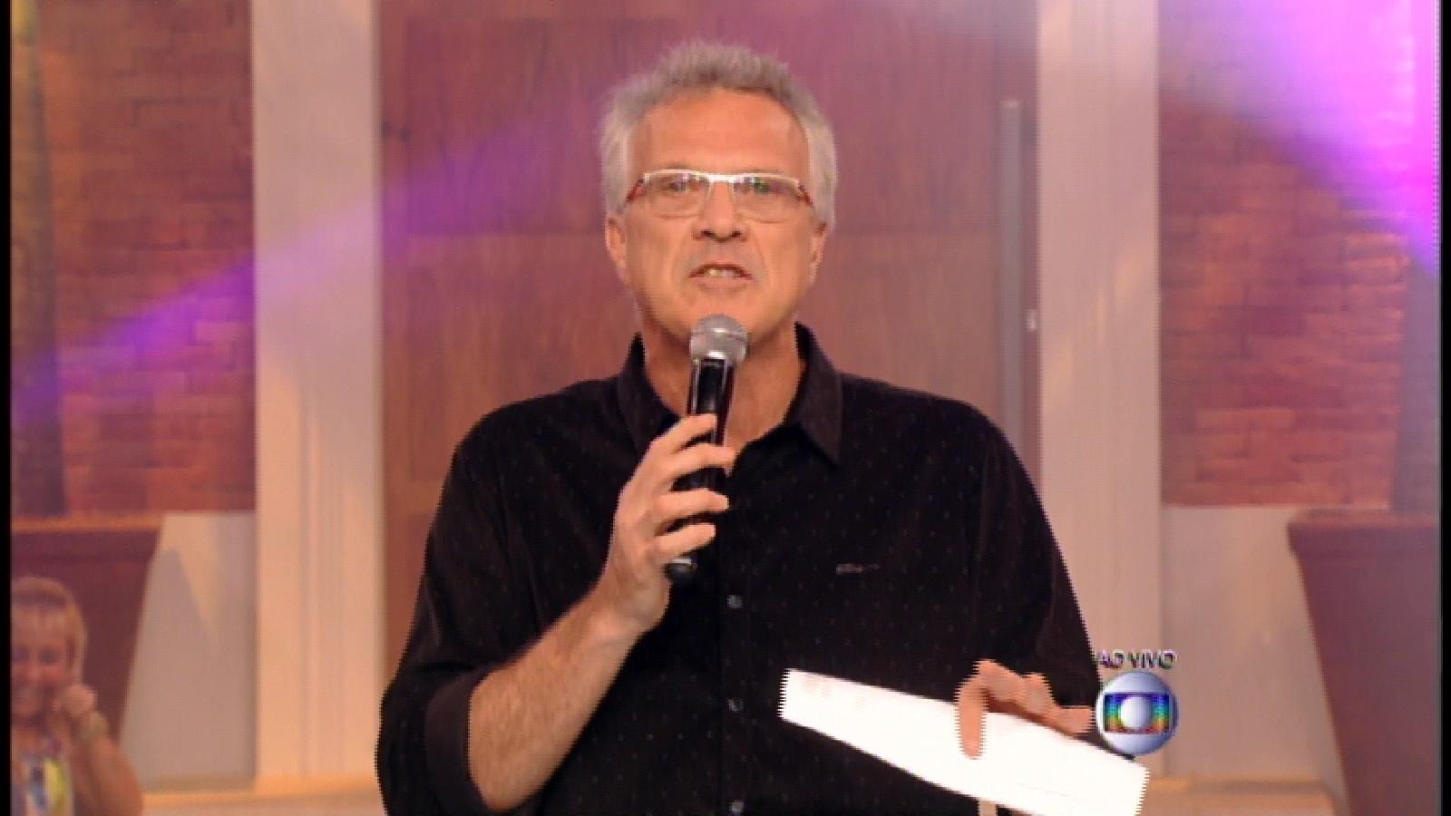 24.mar.2015 - Pedro Bial inicia o programa desta terça-feira, que irá decidir quem será o 9º eliminado do