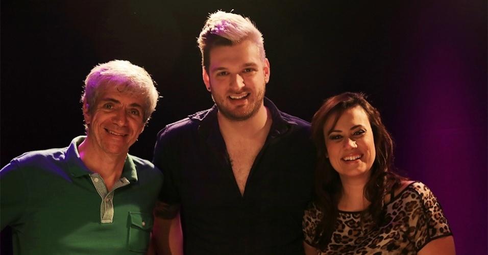 25.mar.2015 - Maurício Stycer, Cássio Lannes e Angélica Morango participam do UOL Vê TV Especial BBB
