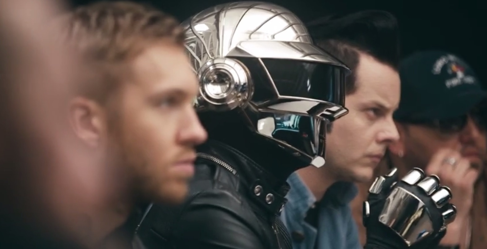Artistas famosos apoiam o lançamento do serviço de streaming Tidal