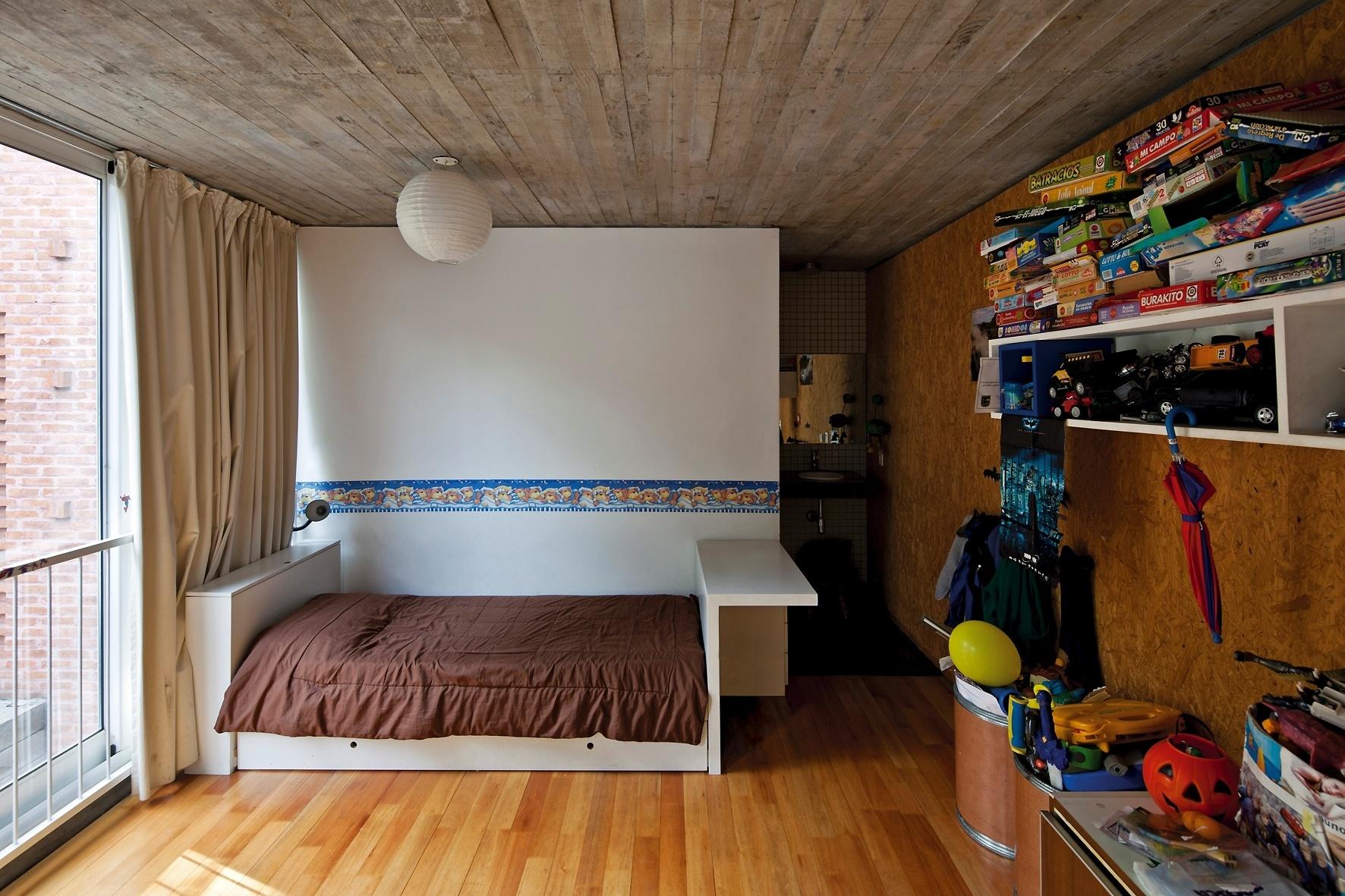 Fotos Quarto De Crian A Em Azul Pintura Paredes Quarto De Menino #9B6630 1772x1181 Banheiro Com Janela Para O Quarto