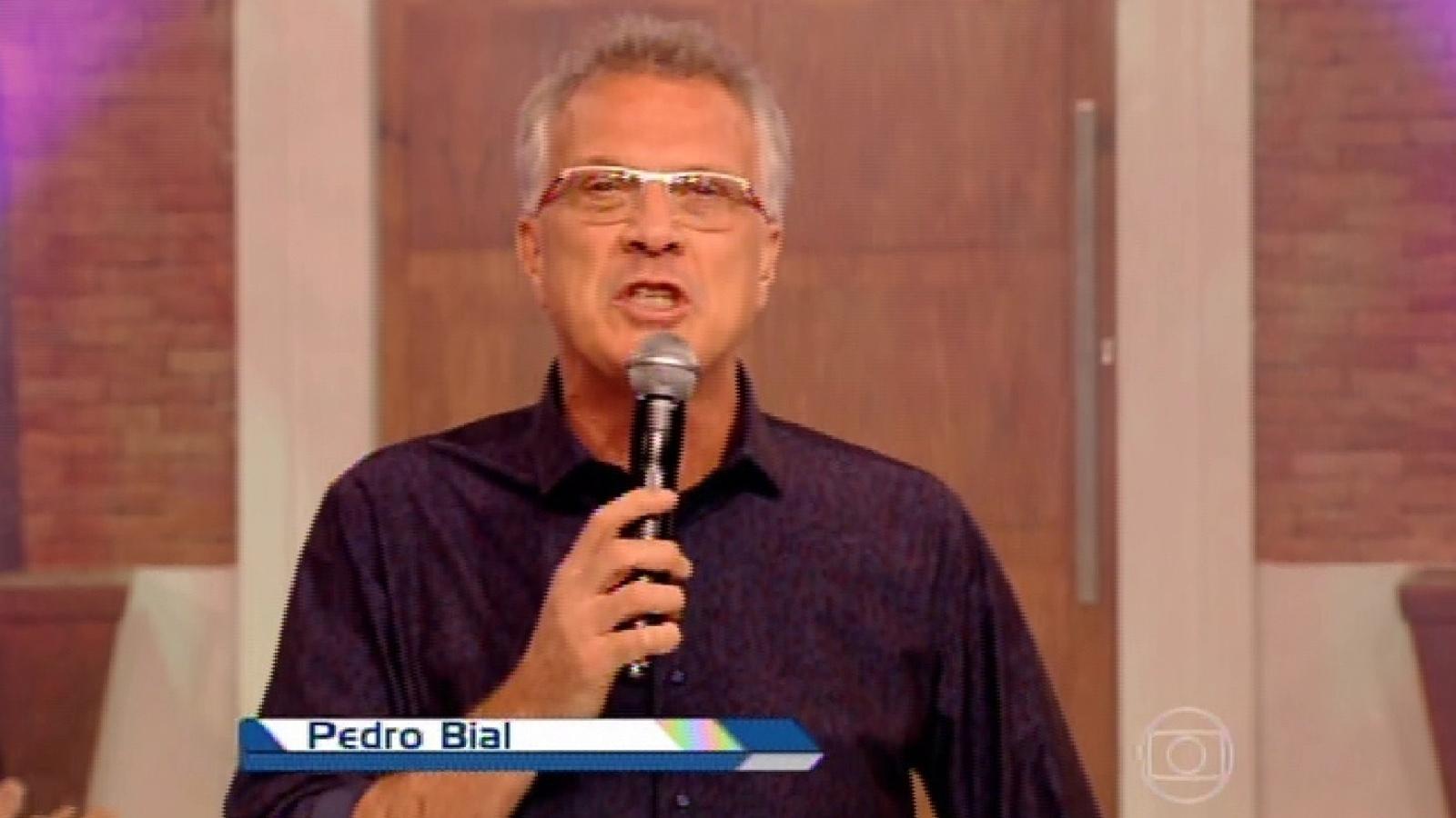 31.mar.2015 - Pedro Bial dá início ao programa desta terça-feira