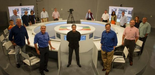 William Bonner e outros jornalistas da Globo gravam especial sobre as grandes coberturas dos 50 anos da emissora
