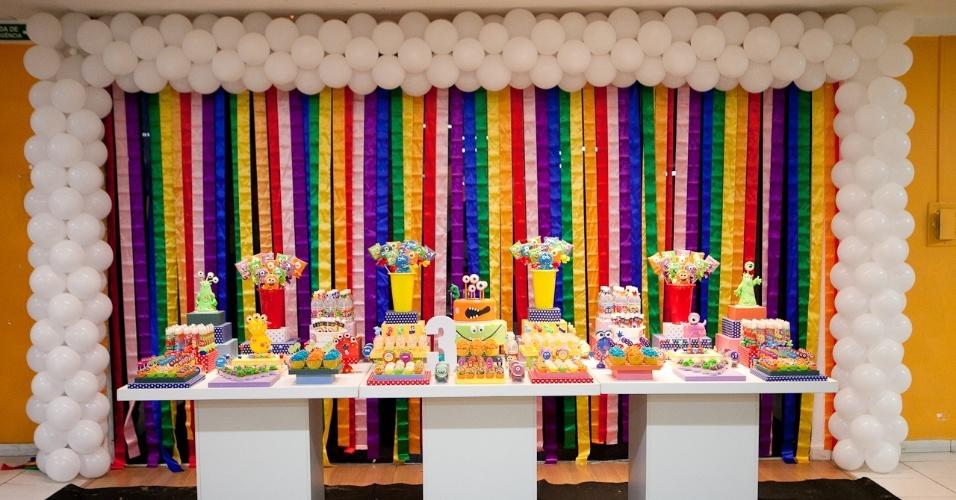 Veja 60 opções de mesas decoradas para festas infantis  Gravidez e