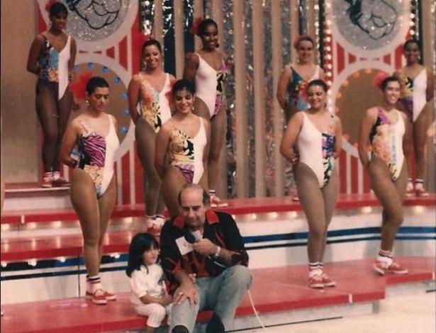 """22.abr.2015- Thammy Miranda relembra sua infância em foto no programa """"Clube do Bolinha"""", apresentando por Édson Cury, conhecido como Bolinha"""