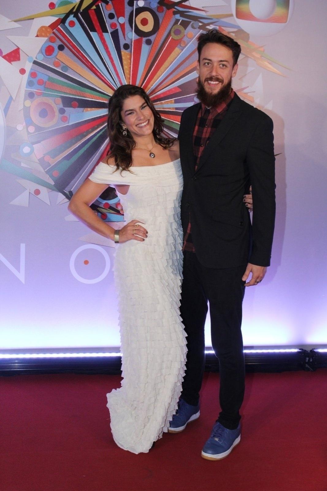 23.abr.2015 - Priscila Fantin e Renan Abreu vão ao show em comemoração aos 50 anos da TV Globo, no Maracanãzinho