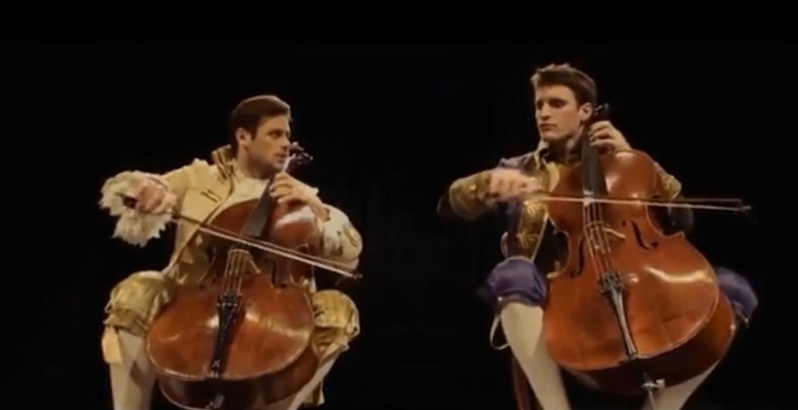 Violoncelistas croatas Luka Sulic e Stjepan Hauser fazem cover de AC/DC e bombam na internet