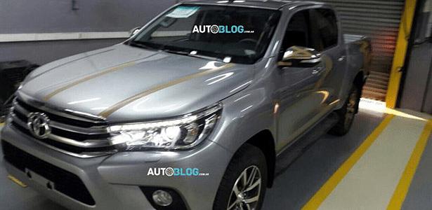 Toyota Hilux de nova geração já é vista na Argentina