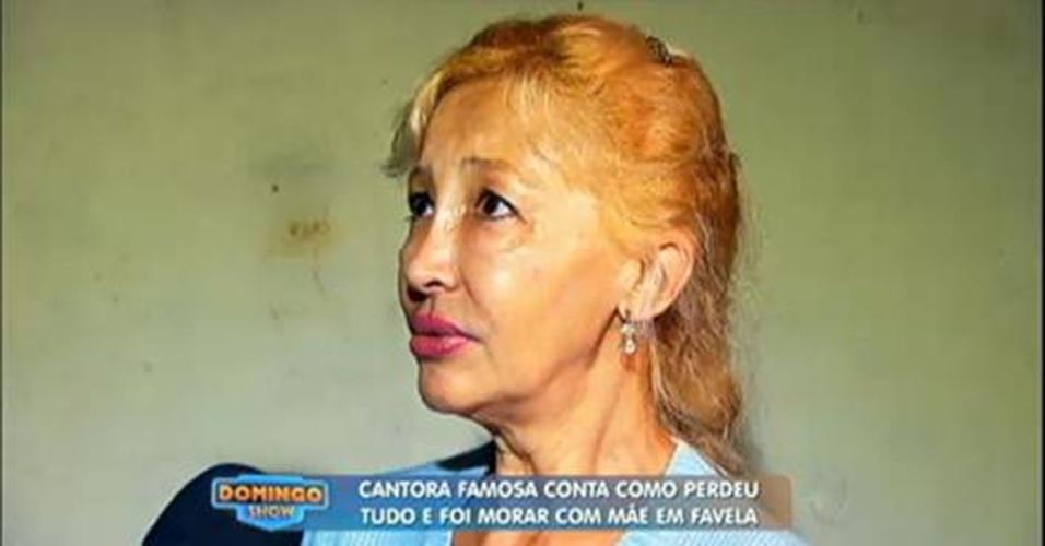 A cantora Sol, que fez muito sucesso se apresentando em programas como Chacrinha, Gugu e Lolita Rodrigues.na década de 1980, foi perdendo espaço na mídia