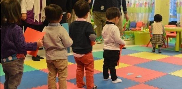 Pais devem passar mais tempo com filhos e evitar pressioná-los em idade pré-escolar