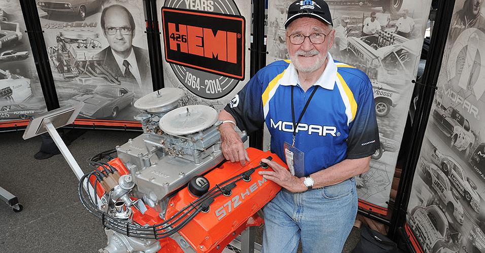 Tom Hoover, criador do motor Chrysler Hemi, em julho de 2014