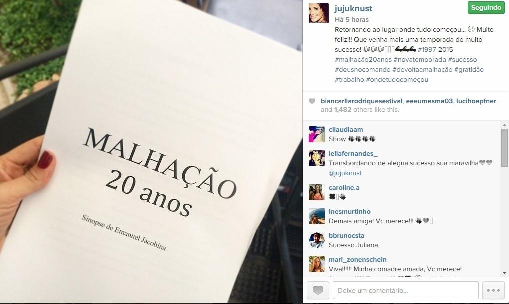 07.mai.2015 - Juliana Knust comemorou sua volta a TV nesta quinta-feira