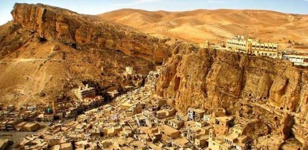 Cidade de Maalula, na Síria: país lidera lista de lugares perigosos para turistas