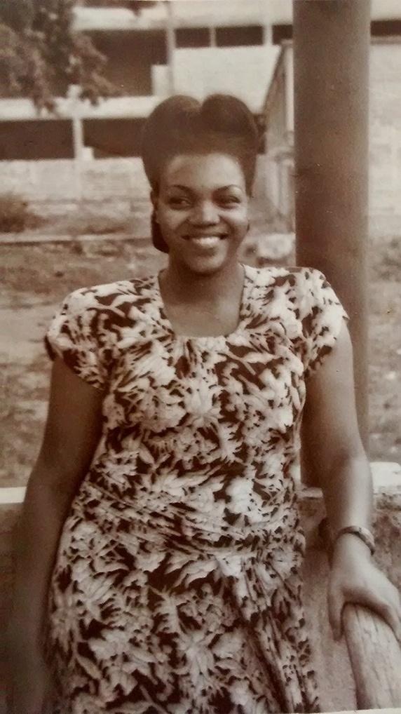 D. Ivone Lara jovem. Sem data.