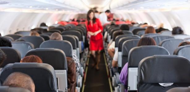 andar-no-aviao-1432236010016_615x300 Gestantes requerem cuidados em viagens de avião; veja como ter voo seguro