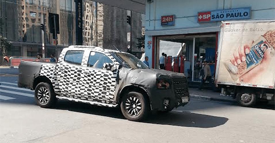 Chevrolet S10 reestilizada é vista na avenida Paulista, em São Paulo (SP)