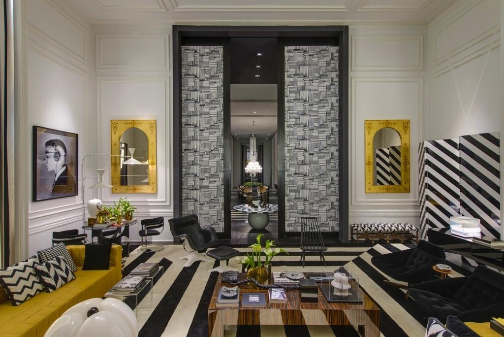 Casa Cor SP 2015 - Inspirado pelos trabalhos da decoradora norte-americana Dorothy Draper (1889-1969), Guilherme Torres criou o Today Skin, espaço com contrastes em preto e branco e proporções ousadas
