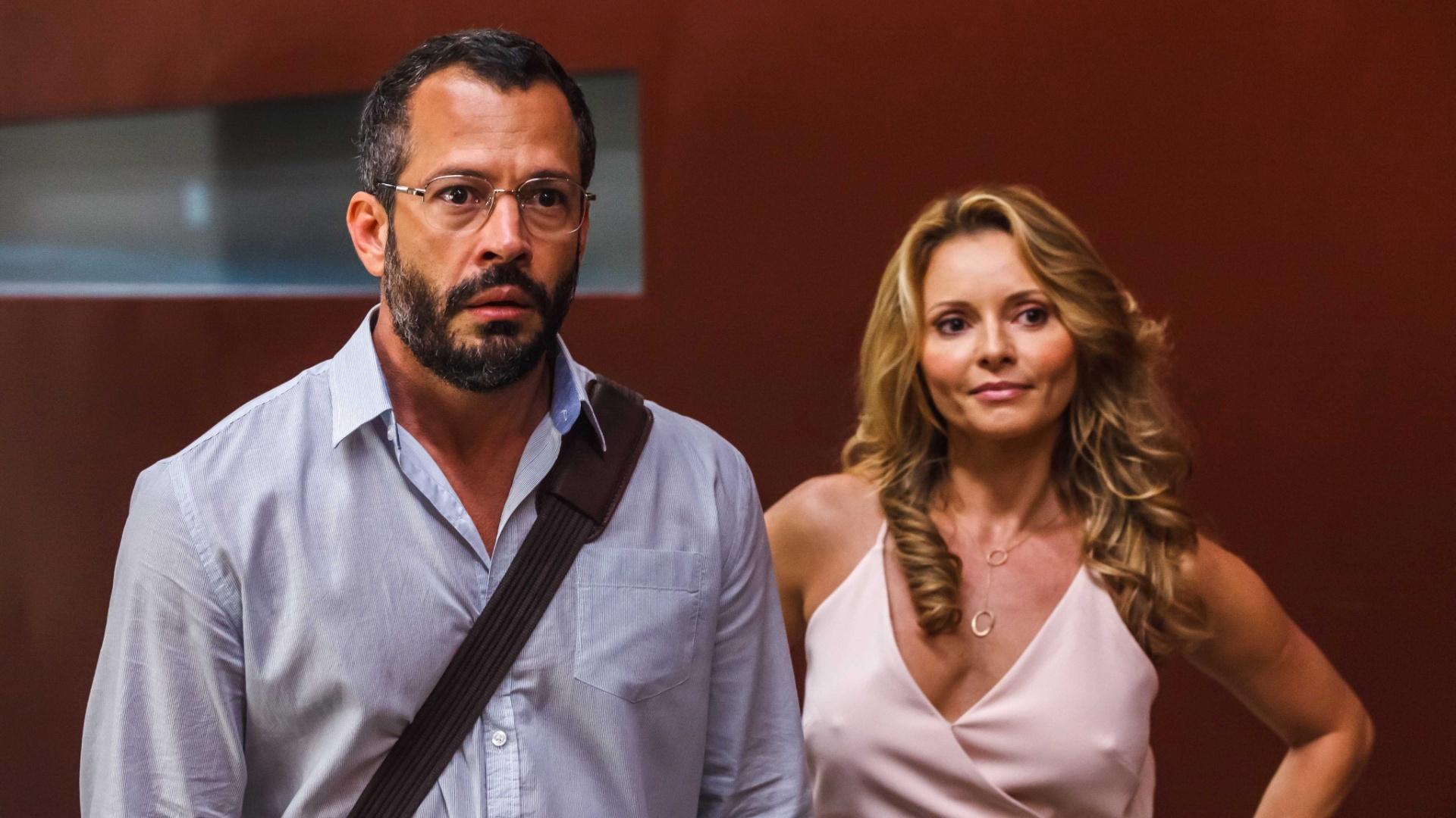 A atriz Rita Guedes com o ator Malvino Salvador em cena do filme