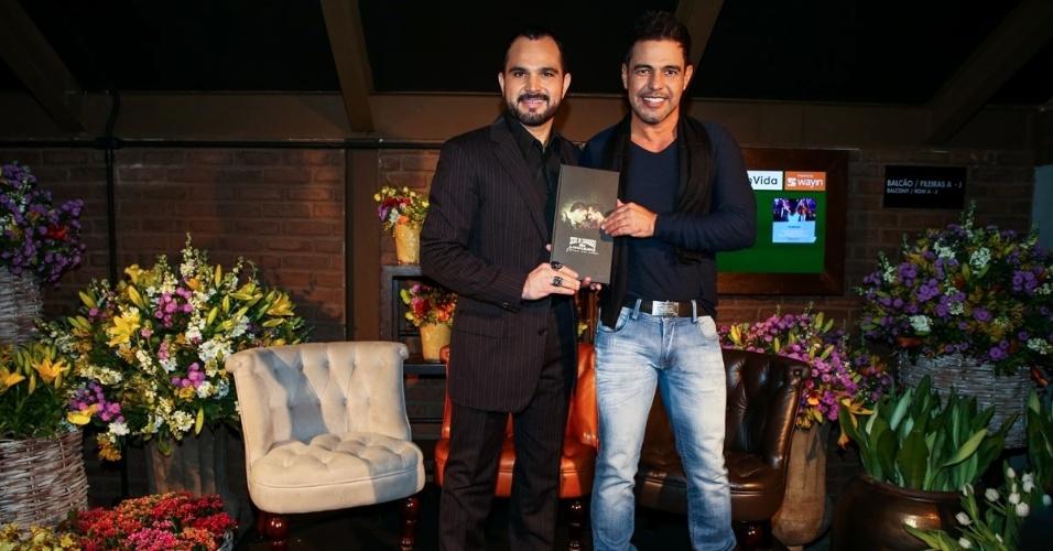 2.jun.2015 - Zezé di Camargo e Luciano realizam o lançamento do CD e DVD