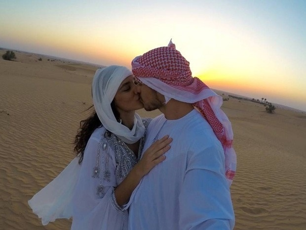 O casal Débora Nascimento e José Loreto, que se casou em segredo em Abu Dhabi