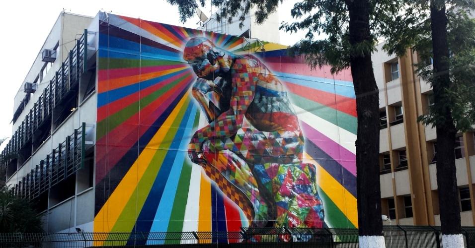 Conhe a grafites do brasileiro eduardo kobra espalhados for Mural eduardo kobra