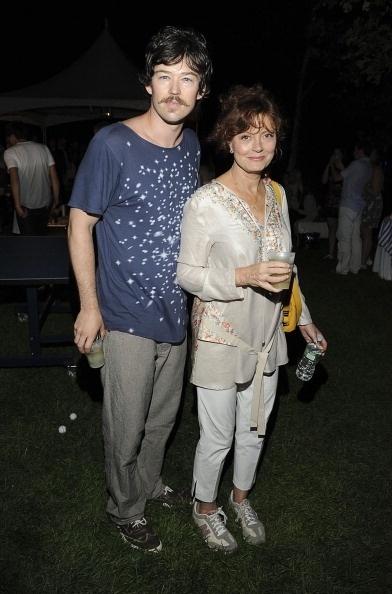 Susan Sarandon com o namorado Jonathan Bricklin, 31 anos mais jovem