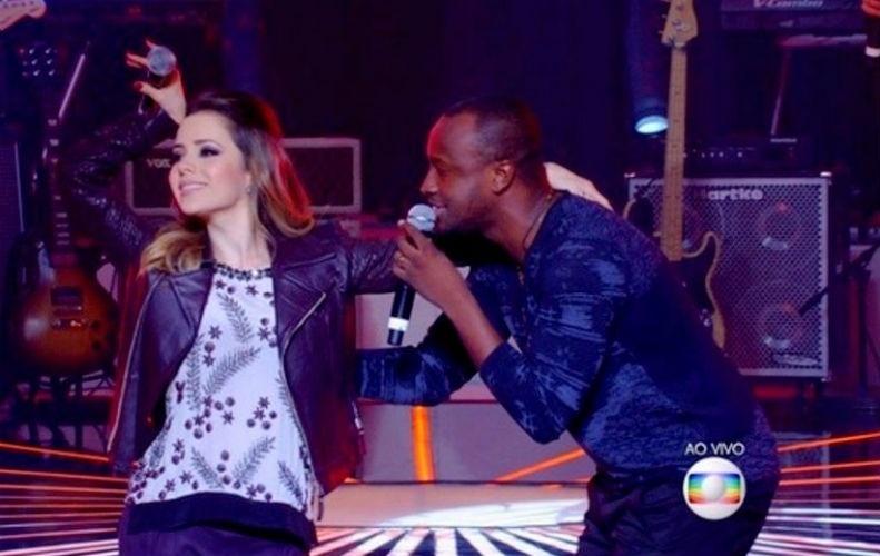 15.jun.2015 - Sandy faz dueto com Thiaguinho