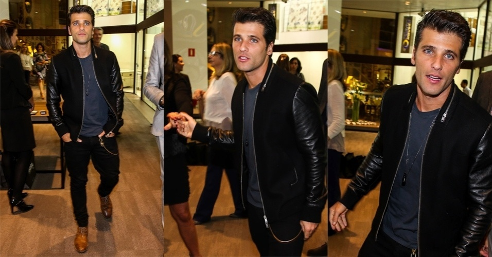 15.jun.2015 - Bruno Gagliasso prestigia a inauguração de uma loja no shopping D&D, na zona sul de São Paulo, na noite desta segunda-feira