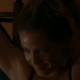 Strip-tease de Leandra Leal e atuação de Esteves empolgam em