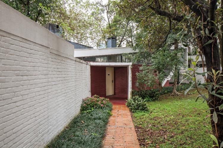 1985) E é Influenciada Pelo Racionalismo De Le Corbusier (1887-1965~ Terraco Jardim Le Corbusier